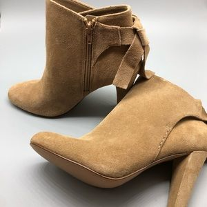 NEW! ALDO tan suede bow back detail heeled booties